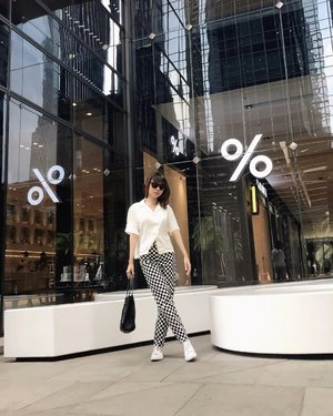 #Repost from Clozetter @isnadani.  Black & white mood✨ Wearing top from @figure.tft @thefthingworld 😍 ( tap for details ) . . . . . #whatiwore #bloggerstyle #fashion #styleblogger #fashionblogger #ootd #lookbook #ootdindo #ootdinspiration #style #outfit #outfitoftheday #clozetteid