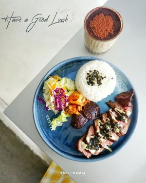 .. Hai Beeeb, Have a Good Lunch!!!   Rindu sekali lunch di @hagiaterra, akhirnya kemaren bisa mampir ke sini lagi pulang nyalon 🙈  Ada yang udah pernah mampir juga??  Beverages start 25k - 37k Foods start 37k - 70k  🏠 @hagiaterra 📍 Jalan Gandapura No. 51, Bandung  🌈 #Demialicious 🌻 #JajanAlaDemia 🌸 #DemiaKeHagiaTerra 🌐 www .kembanggularoom. com 🎥 www .youtube. com/DemiaKamil 🐦 www .twitter. com/deemiiaa 🎀 www .tiktok. com/demiakamil 📍 #Demia 📍Gandapura  #bandungfoodvlogger #BandungFoodBlogger #travelblogger #kulinerbandung #bandungculinary #foodreviewer #foodfluencer #foodstagram #socialitasupport