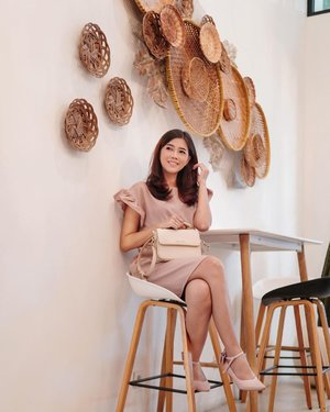 #Repost from Clozette Ambassador @diarykania.  Sometimes it feels good, to just sit alone, not talking to anyone. But its impossible 🙈😜 . 👗 @lafslabel  📸 @dennyirawanphotos  . #clozetteid #ootd #fashion #lifestyle #style