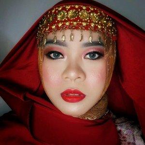 Palembang wedding look 💕. #beauty #makeup #palembang #makeupwedding #wedding #tradisional #hijab