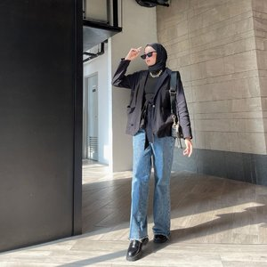 #Repost from Clozette Crew @astrityas.  Hi, how are you, guys? Hope you well💖 -  #ootd #clozetteid #ootdindo #outfitinspiration #hijablook #hijaboutfit #hijabstyle #hijabfashion #hijabfashionstyle #ootdhijabinspiration #fashiontips #fashioninspirationlook