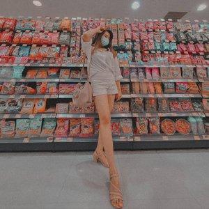 𝙜𝙧𝙤𝙘𝙚𝙧𝙮 𝙨𝙝𝙤𝙥𝙥𝙞𝙣𝙜 𝙬𝙞𝙩𝙝 𝙨𝙩𝙮𝙡𝙚🛍️. . . #clozette #clozetteid #fashion #fashionootd #ootdstyle #sbybeautyblogger #sbyootd