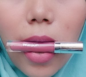 Wardah Exclusive Matte LipstickSaturdate Night shade 18