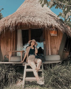 #Repost from Clozette Ambassador @sucifitriaapriani.  kala itu, ketika masih bisa menghirup udara bebas tanpa masker.. sekarang, masih bisa bernafas saja syukur alhamdulillah.. jadi, manfaatkan untuk berbuat, ga perlu banyak debat.. gitu ceunah..  #monday #spreadlove #blessed #positivevibes #ootdfashion #ootd #ootdstyle #ootdindo #fashion #style #lifestyle #blogger #influencer #photooftheday #photography #travel #lookbook #lookbookindonesia #clozette #clozetteid #explore #explorebali #exploreindonesia #indotravellers #nevertheless #kdrama #selfcare #selflove #healing