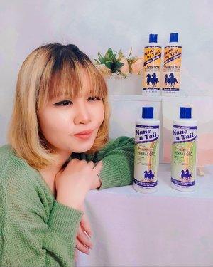 #Repost from Clozetter @mndalicious.  [[‼️9.9 FLASH SALE ALERT‼️ ]]  Gaes sehat2 kan? Walaupun akhir2 ini musti di rumah aja tapi tetep lah yaa selain harus jaga kesehatan tubuh juga ga boleh lupa jaga kesehatan rambut dong💚🧡 Nih aku mau spill salah satu shampoo kecintaanku, Mane n' Tail. pertama kali pake tuh udah dari zaman ku masih kuliah dulu. aku pakai shampoo sekalian sama conditionernya. Biasanya aku pakai yang Originalnya. Oke banget buat rambut, cepet panjang dan lebih tebal.  Nah ini aku juga lagi cobain yang Mane n' Tail Herbal Gro. ini aman banget buat rambutku yang sering dicoloring dan catokan 😁😻 Udah pasti aku pakainya sepaket dong, shampoo + conditionernya. oke banget buat rambut yang sering rontok dan kusut. Jadi lebih gampang diatur & lebih sehat karena ada rempah alami + ekstrak minyak zaitunnya  wanginya enak banget cintaaaaa  Oh iya besok 9 SEPTEMBER ada FLASH SALE di Official Store nya Mane n' Tail di bukalapak, cuma Rp. 9900 untuk produk-produk Mane n' Tail. Ada shampoo, conditioner sampai spray buat ngerawat rambut. Nah mumpung harganya lagi sale mendingan borong yang banyak buat stock di rumah 😘 Search aja : Mane 'n Tail Official Store di bukalapak yaaaa.