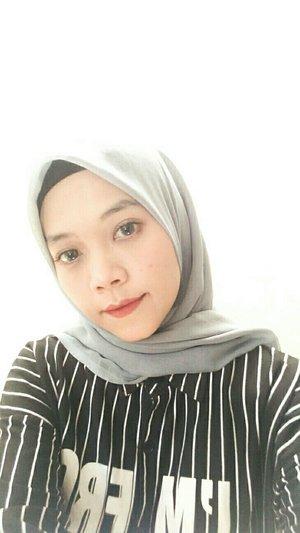 makeup natural membuat wajah tampak berseri #Clozetteid #makeupnatural #hijabstyle #Fridaymorning
