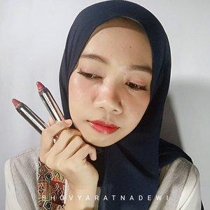 Hallo Beauties! Aku mau kasih racun lagi nih 😊Produk dari @indoganic_official yaitu Lip & Cheek Crayon.FYI, Indoganic Beauty merupakan produk kecantikan berkonsep clean beauty, praktis, simple, dan bersih.Mereka sudah mengantongi certified organik & BPOM. Semua komposisi yang digunakan dipilih dan diperiksa sepeunuh hati agar bebas dari toxin.1. Lip & Cheek CrayonIndoganic Beauty punya 2 shade yg cocok banget untuk daily use, yaitu Rosy Red dan Natural Nude. Keduanya sama2 bagus, melembabkan bibir dan warnanya pigmented. Tekstur dari Lip & Cheek Crayon ini juga sangat creamy, sehingga dapat dijadikan blush dan mudah di blend/tdk menggumpal. Lip Crayon ini memiliki komposisi ; Jojoba Oil, Vegetable Squalane, Shea Butter dan diperkaya Raspberry Speed Extract dan Grapefruit Oil.