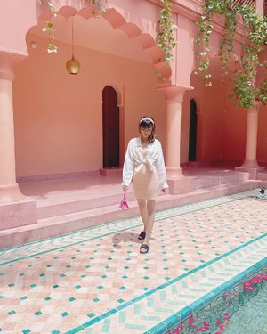 #Repost from Clozetter @isnadani.  Still can't move on with this beautiful place💕 ( tap for details ) . . . . . #whatiwore #bloggerstyle #fashion #styleblogger #fashionblogger #ootd #lookbook #ootdindo #ootdinspiration #style #outfit #outfitoftheday #clozetteid