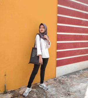 Simple OOTD for Campus💞