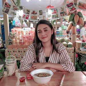 #Repost from Clozetter @beibytalks.  Culinary time in Bangkok #throwbackthailand🇹🇭 . . . . . . . #traveling #travel #kuliner #jalancantik #traveller #bangkok #thailand #visitbangkok #shorttrip #beibyjalancantik #foodiesofinstagram #foodies #instagram #instaphoto #instratravel #kulinerthailand #culinary #centralworldbangkok #beibytalks #clozetteid #beibyjalancantikkethailand #culinaryinbangkok