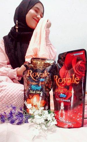 Hai Hai,,kali ini aku mau review Royal Parfum Series Hijab Black Velvet By So Klin.  Buat aku hijab adalah mahkota, dan segala nya, khususnya aku sebagai muslimah, hijab tidak pernah menghalangi segala gerak dan mimpi mimpi ku, untuk itu aku punya produk khusus untuk merawat hijab ku.  Royal Parfum Series Hijab Velvet By So Klin ✅ wanginya mewah terinspirasi dari Fine Fragrance. ✅ Royale Active Touch menebar parfum disetiap sentuhan, sehingga wangi parfumnya tahan sepanjang hari. ✅ Fresh Guard Formula yang membuat kesegaranya menembus sampai serat kain paling rapat dan menjaga wangi tersimpan diserat kain, sehingga hijab dan pakaian segar, wangi sepanjang hari tanpa bau apek.  So, yuk cobain Royal Parfum Series Hijab Black Velvet By So Klin  #HTCIDxRoyalBySoklin  #GoForSuccess