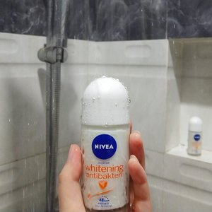 I got this Nivea Whitening Anti Bakteri, this deodorants performs is really well! It lasts me a whole day with anti-bacterial to protected through the day & workouts. I do put on a lot of swipes, but it glides on clear and absorbs quickly & doesn't stain clothes! This is actually one of my favourite deo..❤️❤️❤️