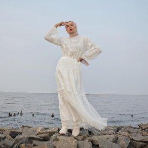 #Repost from Clozette Crew @astrityas.Serene🤍Wearing Arika Dress by @barliasmara ✨#ootd #clozetteid #ootdindo #outfitinspiration #hijablook #hijaboutfit #hijabstyle #hijabfashion #hijabfashionstyle #ootdhijabinspiration #fashiontips #fashioninspiration