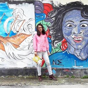 📍Gang dekat Klenteng Sin Hin Kiong, Pondok menjadi salah satu tempat #ootd di Kota Padang. Kalo dari arah taplau (tapi lauik) simpang pertama setelah Klenteng Sin Hin Kiong  Shirt @bizibi  For more info tentang gang ini and Klenteng Sin Hin Kiong check keeyosk.blogspot.com  #clozetteid #inbizibi #ggrep