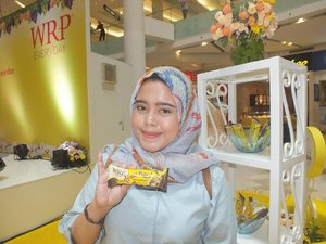 Finally artikel Launching WRP Fruit Bar sudah up.Yang penasaran produk terbaru dr WRP dan kaya apa keseruan launching dari WRP Fruit Bar langsung aja klik link di bio aku 😉Happy reading ppl #ngemilfruitbareng #happyeveryday #wrpevent #wrpeveryday #bloggerevent #blogger #likesforlikes #followforfollow #clozetteid
