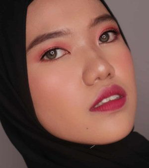 Makeup Look pertama di tahun 2020✨.(Tanpa mengurangi rasa hormat, rasa sayang, dan doaku terhadap korban bencana banjir di Jabodetabek🙏)..Product I used :@frudiaindonesia Citrus Brightening Cream@shuuemura petal skin liquid foundation@maybelline loose powder and lipcream@benefitindonesia bronzer and eyebrow@urbandecaycosmetics  born to run eyeshadow@sorchacosmetic highlighter.....#tampilcantik #undiscoveredmuas #makeupideas #makeuptutorial #boldmakeup #makeuplooks #boldmakeuplook #makeupoftheday #makeup #inspirasicantikmu #100daysofpractice #100daysofmakeup #makeupparty #motd  #clozetteid #hicharis_official #storiemates