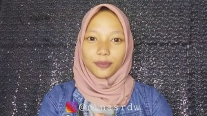 Cara pake,lepas dan bersihin softlens semoga bermanfaat yaaa� full videonya diYouTube : Ratna Srdw💕____________________Ringlight : @ringlightkuSoftlens X2 chic (brown) : @x2softlens_______________#tutorialrtnasrdw @indobeautygram @indobeautysquad @beautybloggerindonesia @beautychannel.id #BeautyChannelID#kbbvfeatured @kbbvbyacb#tutorialmakeup #tutorial #sweetpinky  #wardahaloeveragel #aloeveragel #wardah #silkygirl #focallure #forevernude #beautyvlogger #indobeautygram #indobeautysquad #bvi #beauty #makeuptutorial #makeup #tutorial #makeupnatural #makeupsimple #contactlens #pakesoftlens #softlens #kontaklensa #lenses#beauty #soft #clozetteid #clozette