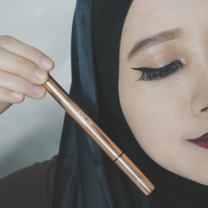 Waterproof Intense Eyeliner from ESQA Cosmetics - a foul-proof gamechanger!Will blog about the review soon xoxo
