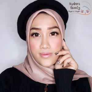 #JessMakeupLookKali ini aku kolaborasi dengan teman-teman @hijabersbeautybvlogger untuk create 𝟭𝟬𝟬𝗞 𝗠𝗮𝗸𝗲𝘂𝗽 𝗖𝗵𝗮𝗹𝗹𝗮𝗻𝗴𝗲! Modal gak lebih dari 100ribu bisa cantik gini? Pake produknya apa aja? Penasaran gak sih? Tonton donk video tutorialnya di feed sebelah 😆Swipe juga buat liat karya teman-teman yang lain dan video tutorial dari mereka 💕..#HijabersBeautyBVlogger #100kmakeupchallenge #HBBVCollab #100kAlaHBBV #hbbvmakeupcollaboration#makeup #makeuptutorial #beauty #naturalmakeup #koreanmakeup #beautyblogger #tampilcantik #storieid #qupasbeauty #makeupaddict #makeupjunkie #clozetteid #makeupoftheday #flawlessmakeup #makeuplooks #indobeautygram #ivgbeauty #indobeautyinfluencer #beautyinfluencer #beautyenthusiast