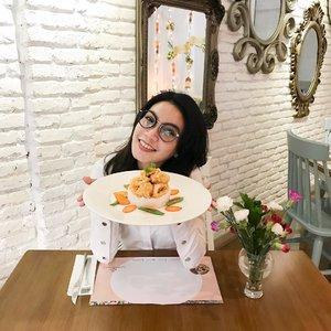 "Selamat berbuka puasa gengs! Hari ini aku buka puasa di @gastromaquia dengan menu ramadhan favorit ""Mix Seafood with Salted Egg Yolk Sauce""! Masih banyak menu ramadhan lainnya yang bikin melting looh.. jd buruan dateng ke Gastromaquia dan pilih makanan favorit kamu bareng temen, pacar, atau keluarga 😊 . #ClozetteXGastromaquia . . . . . . . . #ClozetteID #ClozetteReview #Food #Gastromaquia #Gastromaquiajkt #senopati #Ramadhanmenu #Ramadhansetmenu #jktfoodies #spanishrestaurant #kulinersenopati #kulinerjakarta"