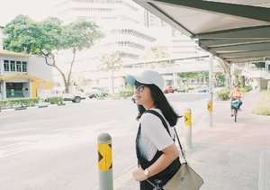 You can't control everything. Sometimes you just need to relax and have faith that things will work out. . . . #noted #quotes #lovemyself  #clozetteid #travelling #singapore