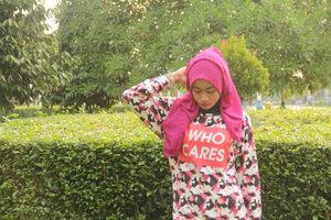 'Who Cares'  #ClozetteID #pinkstyle #hijabers #Festive