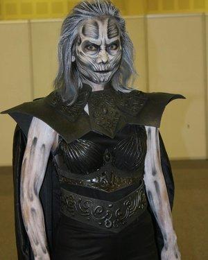 "If Game of Thrones has its White Walker's ""Night King"", then yesterday I create White Walker's ""Night Queen""..Made it from the scratch, all by myself..Hair : @mehronmakeup Liquid Make Up - white.Face & Body : @mehronmakeup #paradisemakeupaq Black, Liquid Makeup White, @nyxcosmetics_indonesia Primal Color Hot Black & Eyeshadow Base Black. @katvondbeauty Tattoo Liner trooper..----------------------------.Hasil facepainting gw kemaren di acara Brush Battle di IMAE 2017.. Gw terinspirasi dari night king di Game of Thrones, dan yg gw bikin adl white walker versi cewe. Kostumnya terinspirasi dari kostum Elliemacssfx, tapi dengan beberapa improvisasi. So original 😁😁😂😂.#facepainting #bodypainting #whitewalker #gameofthrones #got7 #hbo #gotmemes #gotinspired #halloweenmakeup #halloweencostume #halloweenideas #halloweeniscoming #halloween2017 #31daysofhalloween #31daysofmehronhalloween #mehronmakeup #jinnymakeup #ellimacssfx #ellimacs #madeyewlook #clozetteid #fdbeauty #muajakarta #jasamakeup #jasafacepainting #facepaintingjakarta"