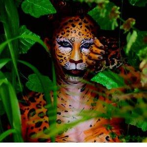 Tigress.Because I have job that should be done before weekend, so i didnt have a time to do facepaint. So here's a repost of my face-bodypaint from earlier this year. A Tigress..Done using @mehronmakeup #paradisemakeupaq orange, yellow, black and white and some eyeshadow..Oh, and dont worry - i am preparing something cool so just wait and stay 😎.--------------.Gw lagi belagak sok sibuk nih, makanya ga sempet painting sama sekali. Jadinya gw repost aja dulu si mbak matjan ini ya, biar lo kaga kangen gw.Trus jangan kabur dari IG gw, karena gw lg prepare something cool. Just stay tune 😎..#facepainting#facepaintcom #facepaintcomhc #facepaintingjakarta #facepaintingideas #halloweenideas #halloweeniscoming #31daysofhalloween #31daysofmehronhalloween #mehronmakeup #dupemag #tampilcantik #bunnyneedsmakeup #ibv_sfx #inspirasimakeup #muajakarta #setterspace #fdbeauty #clozetteid