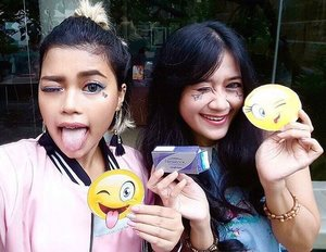 Had so much fun yesterday, we won 'the best wefie challenge' with our favorite emoticon 😜😉 And we love our #freshlookid because it freshen up our look and make us look cute! 😉😜 • Thanks to @leonisecret my cutest partner 😆😆and @clozetteid thanks to having us! See u on the next gathering 😘💕 #ClozetteID #FreshSelfieLookJKT #clozetteambassador