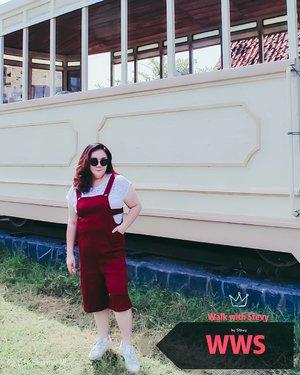 Shape of me 😁...My red hot overall by @sorabelofficial ...📸 @matthewckck#lifeissosimple#travelwithstyle#stylewithme #surabaya#explorejogja#selfie#stevydiary#thanksgod#instagram#walkwithstevy#celebratemysize#plusmodelmag#lookbookindonesia#ootd#endorsement#ootdasia#clozetteid#BalgaMags#ootdfashion#styleindo#plussizemodel