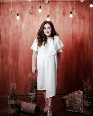 """""""There are two important things that we should remember in life; Believe & Surrender to God"""" -- Happy Monday--...👗 @bigsissy.id ...#ootd#ootdfashion#summeroutfit#lifeissosimple#travelwithstyle#stylewithme #selfie#stevydiary#thanksgod#instagram#walkwithstevy#celebratemysize#plusmodelmag#lookbookindonesia#endorsement#ootdasia#clozetteid#cny2020"""