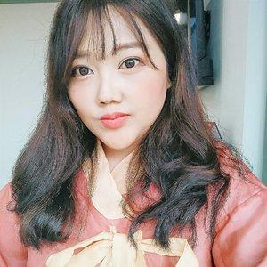 Last but not least  HAPPY SEOLLAL DAY a.k.a HAPPY KOREAN NEW YEAR bucinku sayang @nct127 @wayvofficial (ga kebalik bu?) 새해 복 많이 받으세요!  #설날  Ps : sekali kali gw cringey gapapa yeah  Tags :  #beautybloggerindonesia #ブロガー #いいね #フォロー返す #相互フォロー #相互フォロー100 #ネットアイドル #ビューティー #スキンケア #いいねおねがいします #cloZetteid #フォロワー募集 #beauty #美人 #いいねおねがいします #いいねした人で気になった人フォロー #いいねお願いします🙏 #いいねお願いします #いいね歓迎 #lfl #lfl💛 #featuredonAlthea #althea