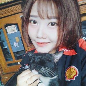 Happy cat love #猫 #ねこ #catlover #cat #スタイル #f1 #clozetteid