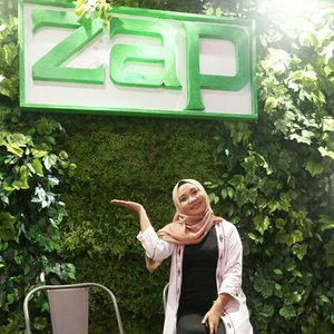 Liat dong wajah happy aku 😄 sehappy ini karna @zapcoid punya Clinic baruu yaitu di @zapnipahmakassar Yayy 😍😍.Acara Grand Opening Zap Nipah Mall Makassar ini seruu banget .. Karna ada Beauty Talkshow, Meet & Greet bersama CEO ZAP CLINIC Fadly Sahab dan kak @shindyursula ❤❤.So, buat kalian yang ingin perawatan kulit dan wajah cuss ke @zapnipahmakassar .. Banyak promo dan diskon selama Grand opening loh 🤗....#zapclinic#discoveryourconfidence#clozetteid#clozettexzap#discoveryyourconfidence
