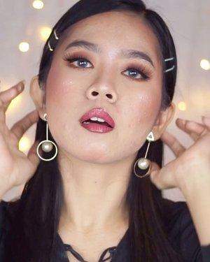 Hellow... Buat yg udah gatau lg mau ngapain di rumah, coba ngelamun deh. Eh tp ngelamun yg positif ya😝 Jgn lupa makeupan dulu ya sebelum ngelamun🥰🤩..#makeupideas #beautysociety #makeuptutorial #indobeautygram #beautybloggerindonesia #beautysociety #jakartabeautyblogger #tiktokchallenge #tiktokmakeup #tutorialmakeup #makeuplooks #tipsmakeup #100kmakeupchallenge #dailymakeup #simplemakeup #bccindo #drugstoremakeup #clozetteid #jakartabeautyblogger #indobeautysquad #cchannelbeautyid #cchannelfellas #tampilcantik #indobeautysquad @indobeautygram @beautybloggerindonesia @beautiesquad @clozetteid @tampilcantik @jakartabeautyblogger