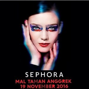 Berikut captionnya:  Sephora is coming to Mall Taman Anggrek!  1. Regram atau repost image ini dengan hashtag #SephoraMTA paling lambat hari Kamis, 17 November 2016 2. Tag & mention @sephoraidn, dan @maltamananggrek 3. Datang ke Grand Opening Sephora Mal Taman Anggrek pada hari Sabtu, 19 November 2016; tunjukan hasil regram/repost image ini untuk klaim hadiah dari Sephora Indonesia 4. Hadiah akan diberikan bagi 100 antrian pertama yang datang pada saat Grand Opening Sephora Mal Taman Anggrek hari Sabtu, 19 November 2016; 1 regram/repost untuk 1 akun IG; T&C apply, persediaan terbatas untuk 100 antrian pertama. 5. VIP Preview (private for invitation) pukul 10 AM – 12 PM dan open for public pukul 12 PM Good luck! :) Support by:  Salvatore Ferragamo, BVLGARI, Marc Jacobs Beauty, @glamglow_ind, @thebrowgal, @benefitindonesia, @sampar_ind, @oscarblandi_ind,@ardell_id, dan Sephora voucher  PS: - Salvatore Ferragamo Uomo First Launch - Bvlgari Goldea Rose First Launch - Tangle Teezer Free Hair Styling - Ardell Lash Activity - Jurlique Free Hand Massage - Novexpert & Glam Glow Free Skin Consultation