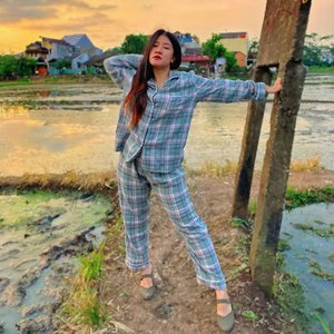 Happy longweek_Sleep wear by @yesstyle Buy Sadelle - Set: Pajama Plaid Shirt + Pants https://ys.style/PFzURKNM7eb...#like4likes #clozetteid #love #fff #lfl #l4l #ootd #photography #selfie #셀스타그램 #강남 #일상 #소통#일상스타그램 #소통스타그램 #좋아요#좋반 #선팔 #얼스타그램 #셀카 #셀피#좋아요반사 #likeforlikes #likeforlike#likeforfollow