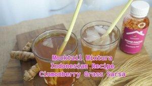 Pandemik saat ini sangat cocok untuk menghidangkan minuman sehat untuk tubuh dg cita rasa nikmat seperti minuman di cafe ternama tapi murah meriah.  Nah, kali ini aku mencoba racikan indonesian recipe Mocktail  Cinmonberry Grass Sarsa , cara praktis untuk dibuat dirumah. Sediakan : air mineral 3 gelas 2 btg kayu manis 3 btg serai Garam (seujung sdm ) Flavour @mixtura.id Strawberry _ Rebus air 3 gelas , kayu manis, serai, garam, rebus sampai menjadi 2 gelas kemudian diamkan hingga dingin,  Siapkan  gelas dan es batu masukan flavour @mixtura.id strawberry dan rebusan air tsb. Sajikan dan sangat nikmat diminum saat siang hari menambah kesegaran tersendiri.  _ Bagaimana sgt praktis ya, dan bahan2 mudah ditemukan. Selamat mencoba yuk ikutan @eridarida @ms_emeli @tianggur125 @san2pit @mayairyani  #mixturavirtualcompetition #kreasiminumanmixtura #mixturaid #food #pornfood #indonesainrecipe #clozetteid #foodbloger #foodporn #mocktail #mocktailindonesian #indonesiandrink #drink