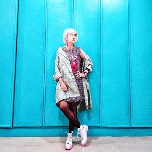 New age New year New things .  Happy birthday to me :) Everything's gonna be emejing! #tetapsemangat . . 📷 @mynameisnotatypo . #stylieandfoodie #livelovelifelaughlust #blogger #bloggerceria #tetapsemangat #365post2018 #ootd #clozetteid #stylie #therealoutfitgram #styledaily #dailystyles #streetstyle #realoutfitgram #thestreetograph #looksootd #lookbookindonesia #fashionblogger #styleblogger #style