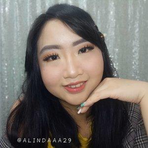 ~ july 11, 2019.with and without beauty effect camera 💗🌈 ..two (2) face palette on my makeup:🍭 @avionebeauty x @inivindy magic palette👑 @minuet.official x @vinnagracia x @cindercella .Bulu mata palsunya pakai @bulubulumata @mariaaoctaviaa ..(ps: mon maaf alisnya lgi gak bs diajak brsahabat 😋 ketebalan, ya wes rapopo yo 😂).#AForAlinda #alinda #alindaaa29 #alindaaa #Clozetteid #rezekigakketuker #jalani_nikmati_syukuri #waktuTuhanyangterbaik #makeuplook #beautyeffects #makeupbyminuet #makeupmagicpalette #pictoftheday #makeupoftheday