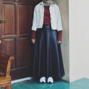 I posted it cause I want, not for how many I will get the likes........#ootdhijab #hijabfashion #ClozetteID #modestroute#hijabstyle #fashionstyle #style #whatiwore #streetstyle #photooftheday #like4like #instafashion #instastyle #instablogger #instahijab #OhSoJasmine
