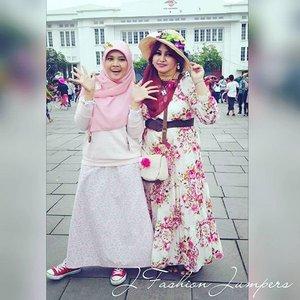 @zaloraid @clozette #Clozette #ClozetteID #HDILAsia #tryanotherlook🌹💜🌹 #flowerpattern #flowerprint #ootd #modestfashion #coveredstyle #scarf #headscarf #fashion #style #modesty #stylish #vintagefashion #vintagestyle #instafashion #hijabstyle #hijabindonesia #scarfstyle  #kotatuajakarta #jakartastreetstyle #MuslimahTraveler #kawaiistyle #stylishtraveler #OOTD #gyaru #gaijingyaru #ギャル