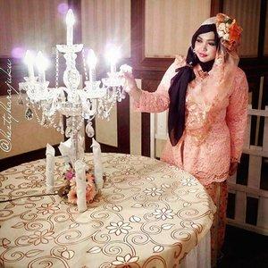 March 27th, 2016 ----💕👰💖 at #weddingreception of my baby bro Uli and the #beautifulbride Rara. The dresscode is #peach .... #glam & #kebayaencim van #betawi lolz. /#kebaya , #headpiece & #headscarf designed by #heztyharajuku . 💖👰💕@clozetteid #ClozetteID #modestfashion #modestwear #coveredstyle #Hootd #OOTD #hijabiandfab #modesty #stylish #instafashion #instamoment #fashiongrammer