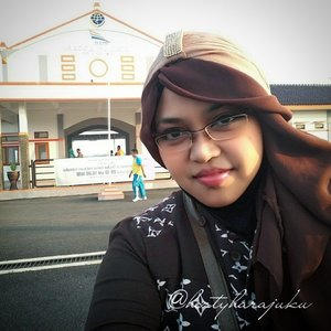 JUNE 12th, 2015---🚈🚉🌞 #Sunshine becomes... me! 🌞🚉🚈 #trainstation #LosariStation #Cirebon #cirebontrip #hometown #village #WestJava #Indonesia #travel #traveler #travelling #stylishtraveler #MuslimahTraveller #heztyharajuku #scarf #headscarf #turban #turbanista #modestfashion #coveredstyle #fashion #style #instatravel #instafashion #clozetteid