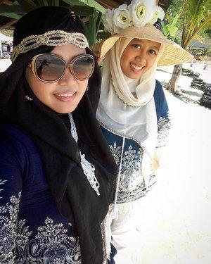 Sun,  February 26th, 2017 ---- 🔥🌟🔥a at #SariRinggung #Beach #Lampung with my sis in law @dewirahmawati29 🔥🌟🔥we are #awesome #twin !😎 #clozetteID #seashore #modestfashion #hijabtraveler #traveling #travelstyle #Hootd #ootd #fashion #style #stylishmodesty #stylecovered #beachlover #Sumatera  #headscarf #Twinstyle