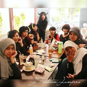 """OCTOBER 14TH, 2015 ----- #Gothic was our theme of the month. We chose #gothiccafe #deathbychocolatebogor  as our #JFashionJumpers #FashionCommunity #sisters #gathering place for this October. My #style was #vintagegoth 😉 """"We are the #prettycreepy #Vampiresisters!"""" hehehe 😈💀👻 #ClozetteID #COTW #clozettehalloween @clozetteid #fashion #OOTD #modestfashion #coveredstyle #headscarf #scarf #instafashion  #fashiongram  #kulinerbogor #Indonesia #Bogor #Streetstyle #stylishtraveler #cotw"""