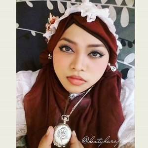 👒⌚👑 #heztyharajuku #favoriteaccessory #clozetteaccessories #COTW @clozetteid : a #vintagelook #headpiece made by myself and I bought this #rose #vintagepocketwatch in #Akihabara#Tokyo #Japan... Feel excited! My #OOTD is #MuslimLolita #Princess with #headscarf.⌚👠👑 #modestfashion #coveredstyle  #scarf #lolitastyle #ClozetteID #vintagestyle #vintagefashion #Indonesia #instafashion #instabeauty #stylishtraveler #fashion #style #motd #hotd