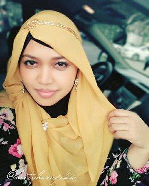 DEC 14th, 2015---💐🚘🗼#heztyharajuku#OOTD #ClozetteID @clozetteid#vintagelook #romagyaru in #modestfashion#coveredstyle way, with #headscarf /#scarf & #flowerpattern #gown by @kampungsouvenir #Bali. Feels like a #Princess 😘 👑👗👠 #fashion #style #instafashion #fashiongram #fashiongrammer #romanticstyle #hijabstyle #lecturer #hijabiandfab #hijabista #HijabIndonesia #modesty #stylish