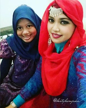 LATEPost: TUE, JULY 5th, 2016 --- My #HOOTD as #Princess of #India hihihi at big family gathering. Sudah nggak sabar pengen denger kabar bahagia dari sis in law yg satu ini... tinggal menghitung hari sampai our new family member come to the world inshaAllah...amiin 🌟🌙💖 #muslimfamily #indonesianfamily #instamoment #hijab #modestfashion #modestwear #lebaran2016 @clozetteid #ClozetteID #fashion #style