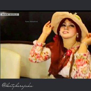 @zaloraid @clozette #Clozette #ClozetteID #HDILAsia #tryanotherlook🌹💜🌹 #flowerpattern #ootd #modestfashion #coveredstyle #scarf #headscarf #fashion #style #modesty #stylish #vintagefashion #vintagestyle #instafashion #hijabstyle #hijabindonesia #scarfstyle #shabbychic